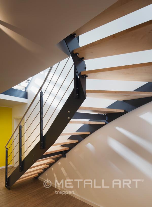 Geländer mit Systemtreppe
