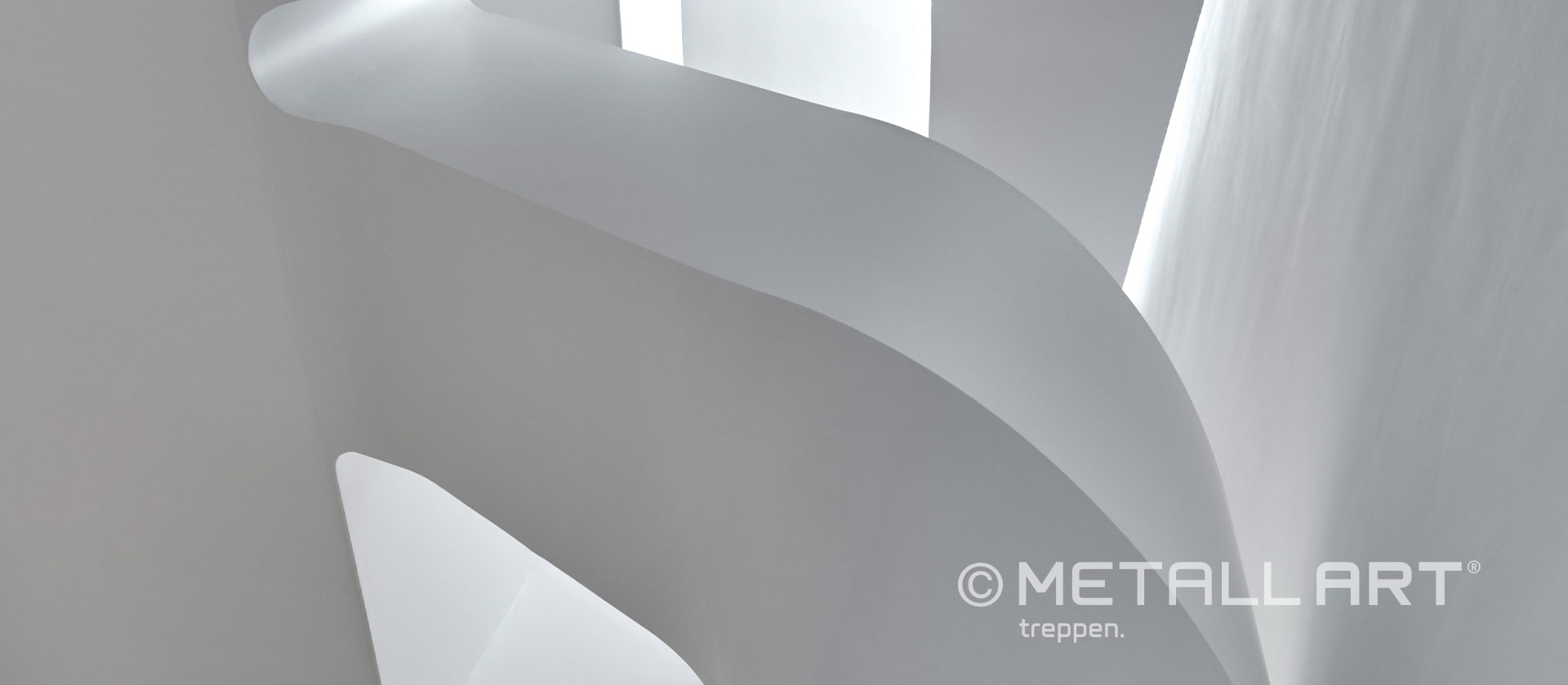 Geschwungene Treppe als Wendeltreppe