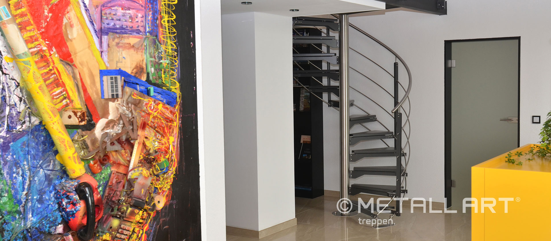 Treppe im Büro gespindelt