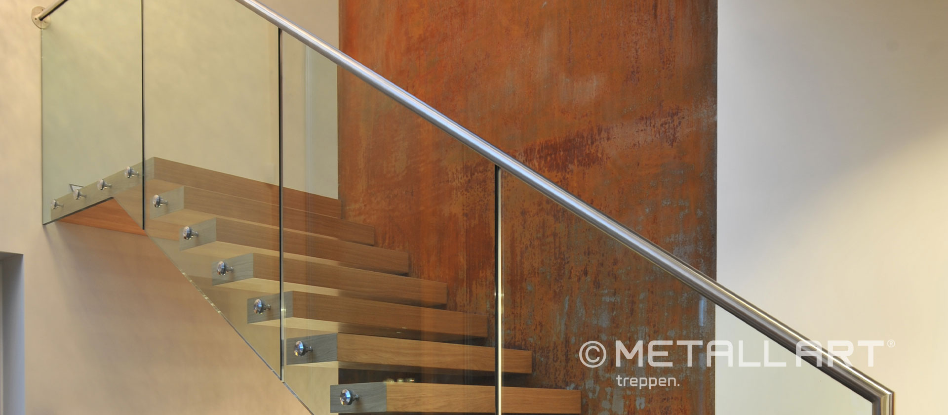 Holzstufen Treppe