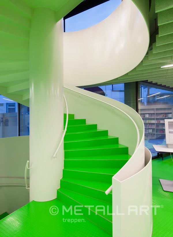 Treppe in einer Bibliothek